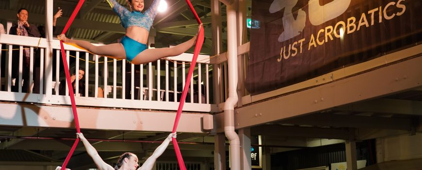 2. Natalie Oakes & Shannon Nolan from Just Acrobatics wow a huge crowd at The Wharf Mooloolaba 30th Birthday Celebrations with their Aerial Silks acrobatics