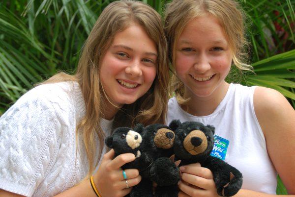 Amber-Grant-and-Kyara-De-Bruin-adopt-a-sun-bear