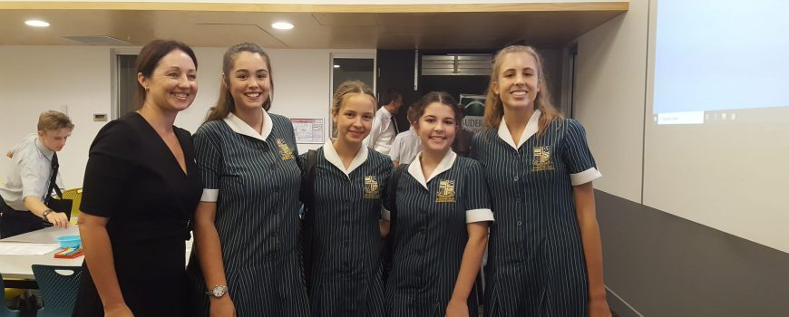 Buderim-Youth-In-Philathrophy-Project-2020-Lisa-Rowe-with-students-representatives-from-Sunshine-Coast-Grammar