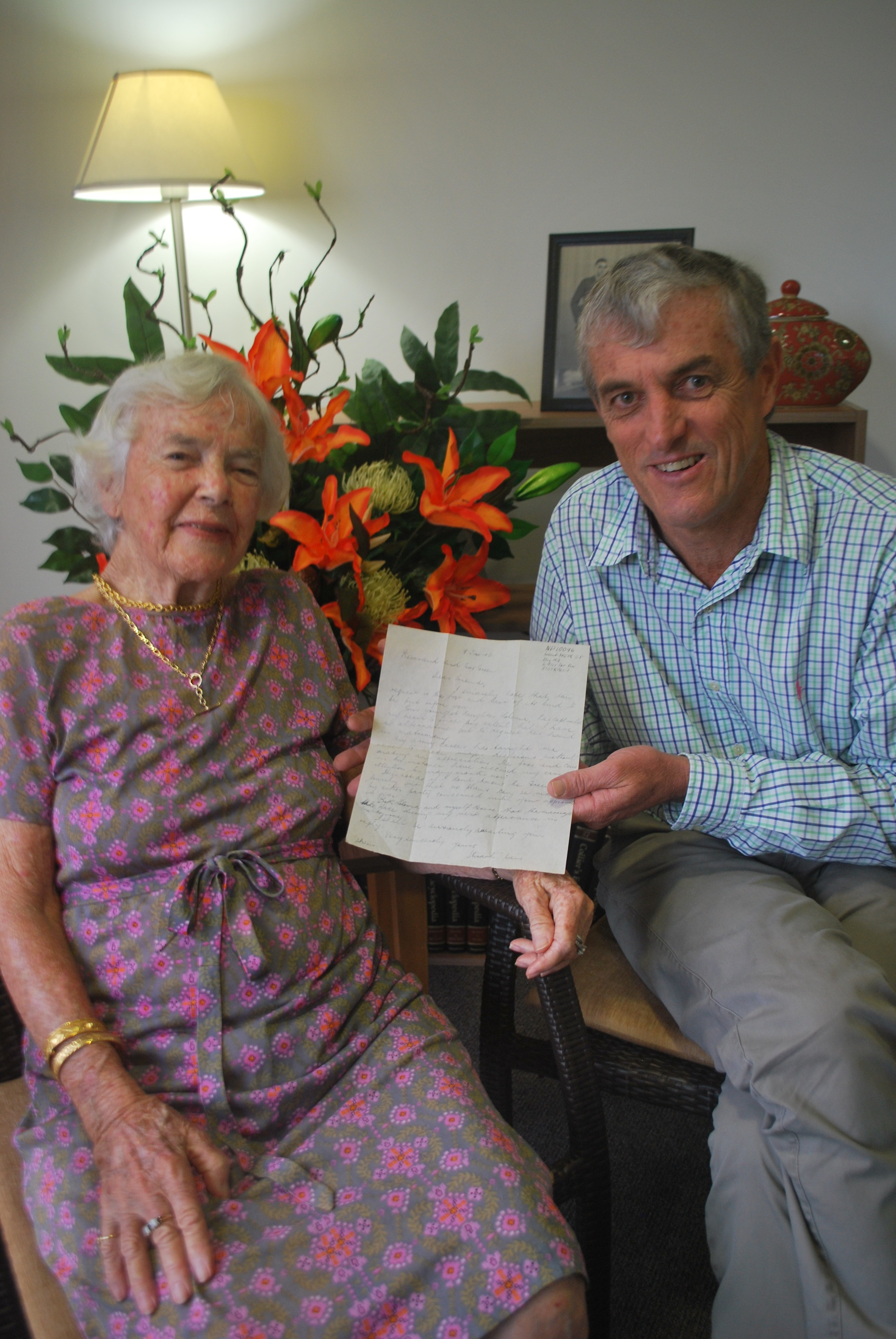 Loloma Weir & Simon Whittle from the Buderim Foundation and the letter -vert